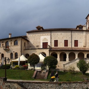 Asolo: the city of a hundred horizons